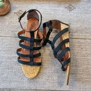 Lucky brand black leather gladiator sandals sz 6.5